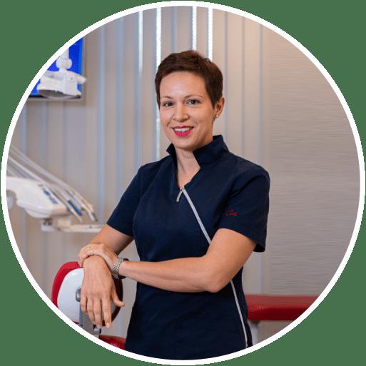 Professore associato Jelena Prpic, dottorato di ricerca, DMD